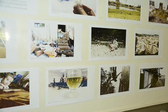 Alunos de Jornalismo exibem trabalhos fotográficos em exposição na Unicentro