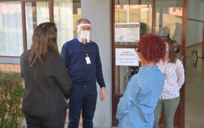 O reitor da Unicentro, Fábio Hernandes, visitou os locais de prova e agradeceu a todos que participaram do Vestibular 2021.